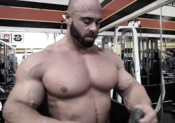Brusttraining Wrath - Trainingsvideo